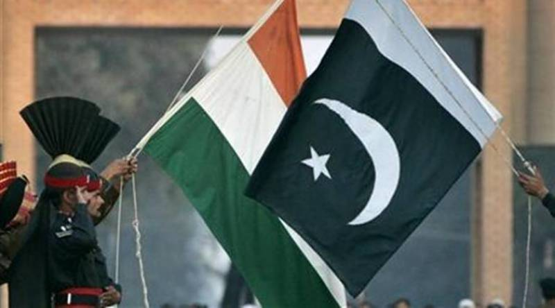Pakistani, Indian armies agree to implement 2003 LoC ceasefire pact