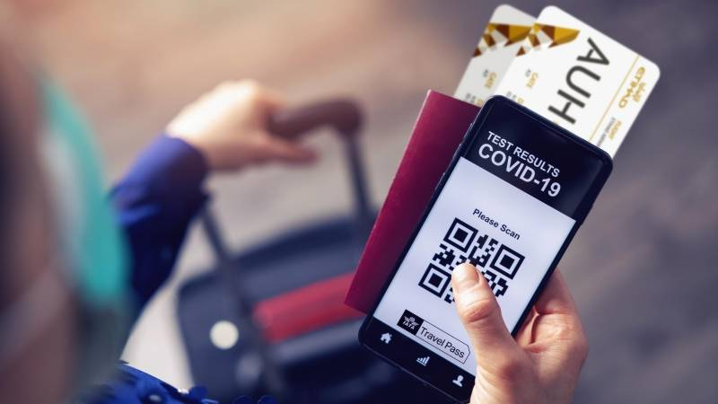 Singapore Airlines to pilot digital Covid travel pass