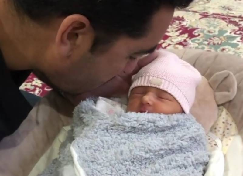 Umar Gul's video reciting Azaan in his daughter's ear touches everyone's heart