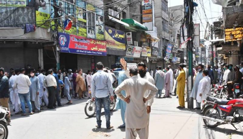 Lahore traders reject Punjab govt new timings for markets
