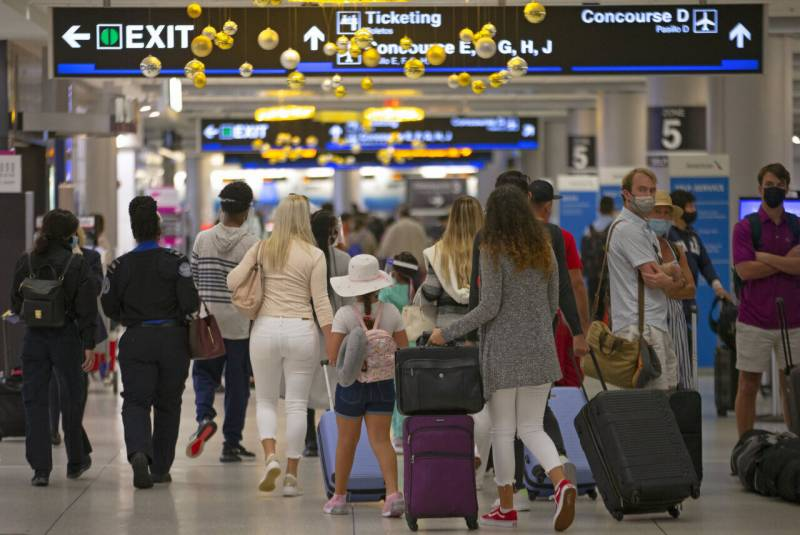 US air travel hits highest level since March 2020
