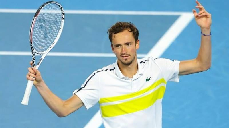 Medvedev marks world number two breakthrough with title