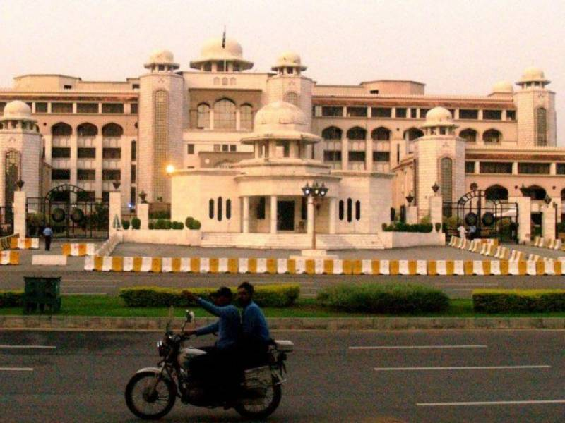 Bureaucrats for making ministers answerable for their decisions