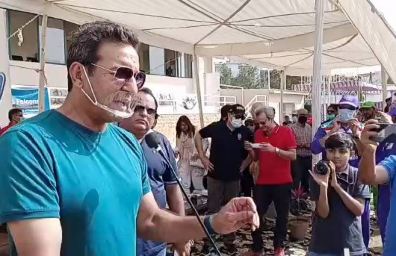 Wasim Akram says has no time to meddle in selection affairs
