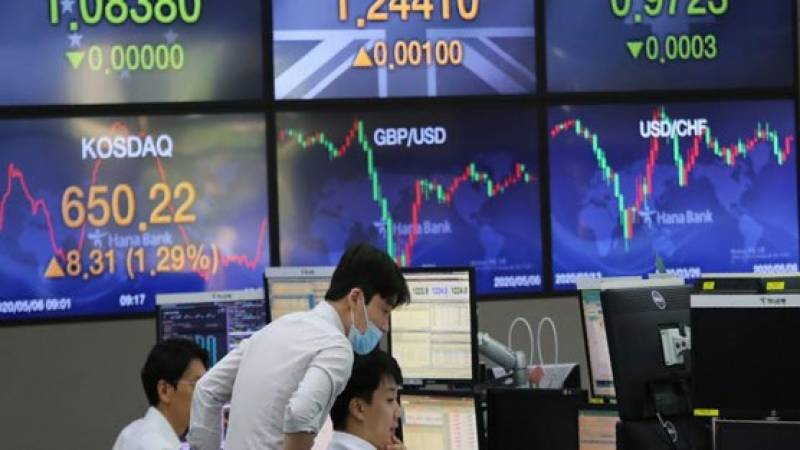Asian markets swing as inflation fear tempers recovery hope
