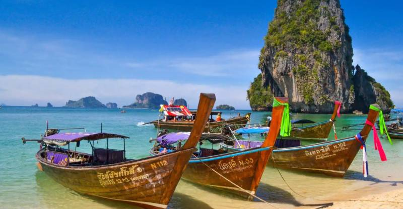 Thailand to lift tourist quarantine for popular beach island