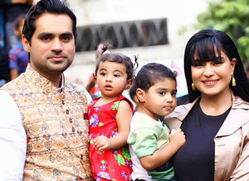 Veena Malik wins support from Foreign Ministry in case against Asad Khattak