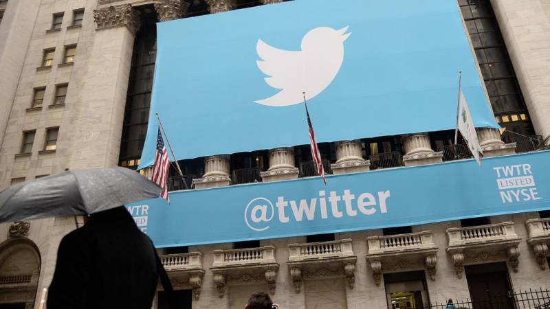 Russia fines Twitter for not removing calls to protests