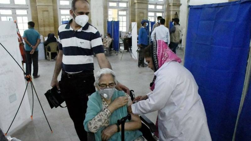 Pakistan to launch vaccination-at-home service for elderly people