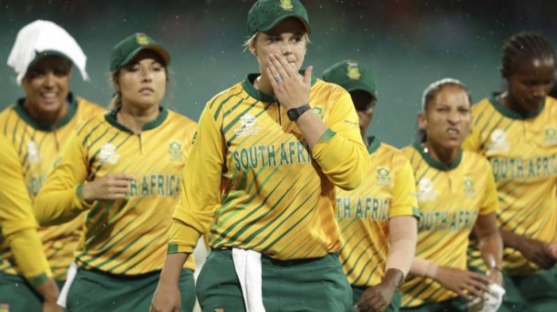 South Africa women cricketers flee Bangladesh before Covid shutdown