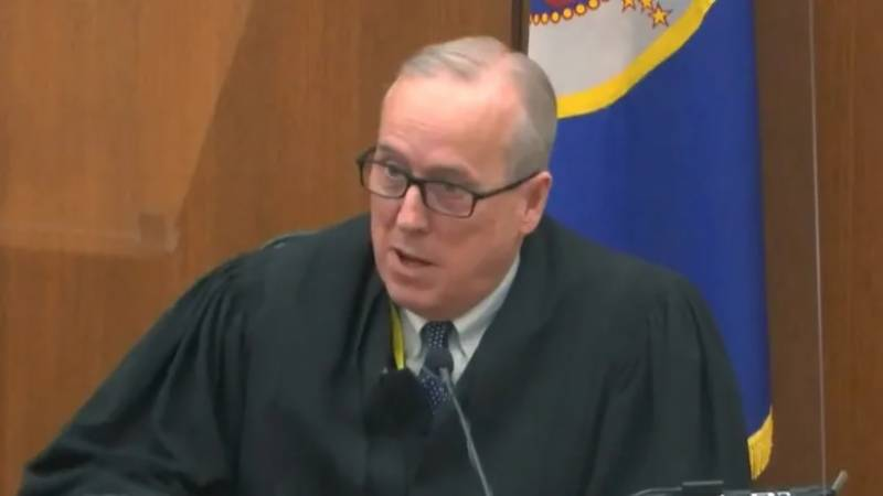 Judge refuses to sequester Floyd trial jury after new unrest