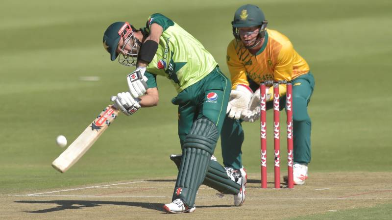 South Africa win second T20 to level series against Pakistan