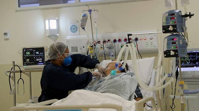 In German hospital, doctors worried as younger patients fill beds