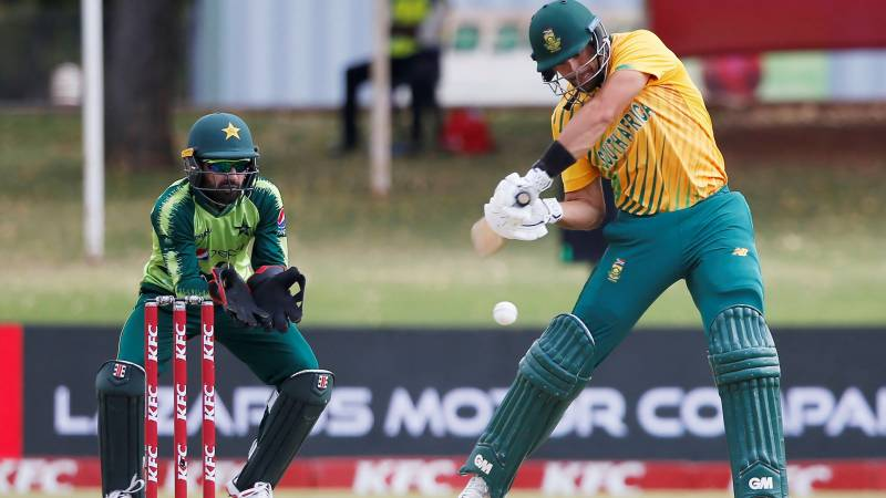 Markram, Malan punish Pakistan in third T20