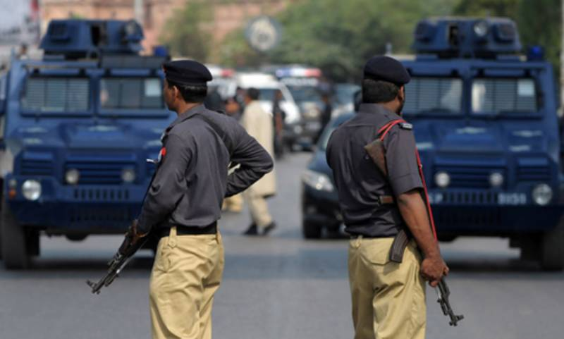 Shikarpur Police 'recover' two girls who were kidnapped four years ago