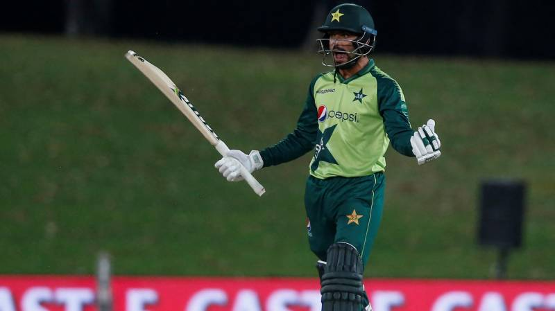 Pakistan beat South Africa in 4th T20