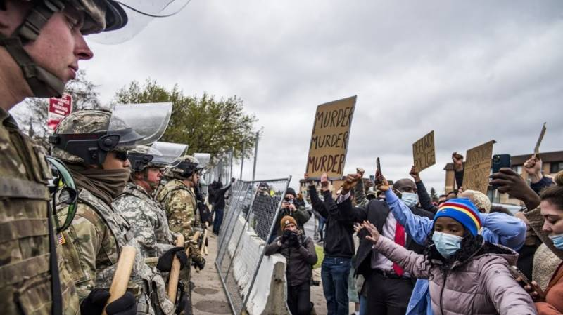 Journalists say police mistreated them during Minnesota protests