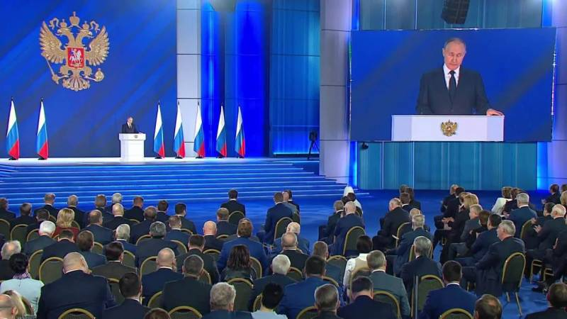 Putin warns foreign rivals against 'crossing red line' with Russia