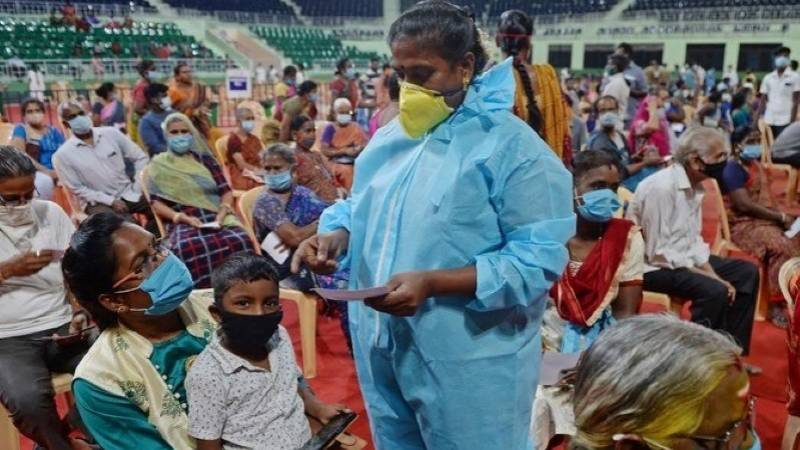 India posts global record of 315,000 daily Covid cases