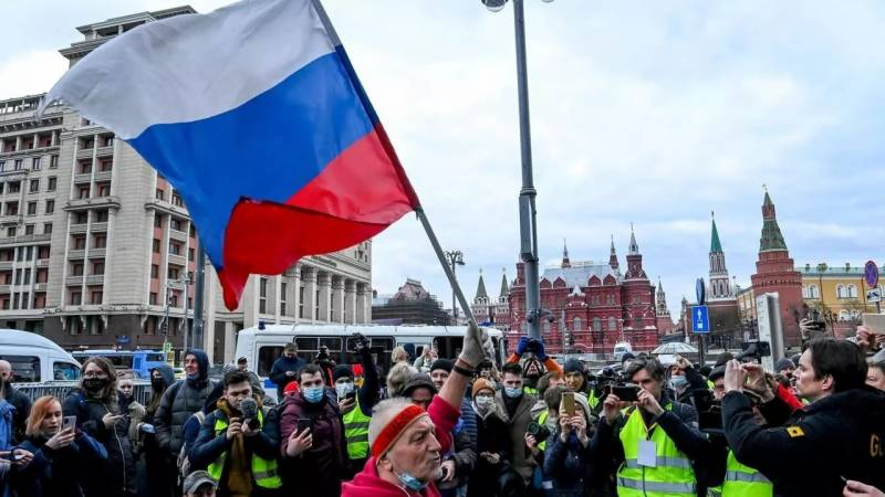 Over 1,700 detained at pro-Navalny rallies across Russia