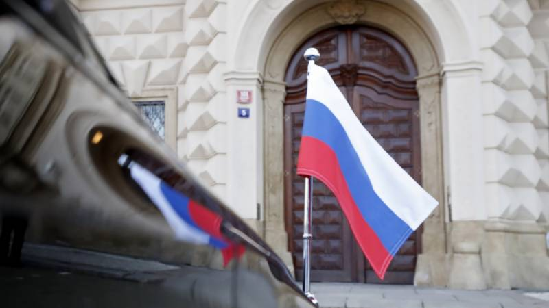 Prague gives Moscow ultimatum to let Czech diplomats return