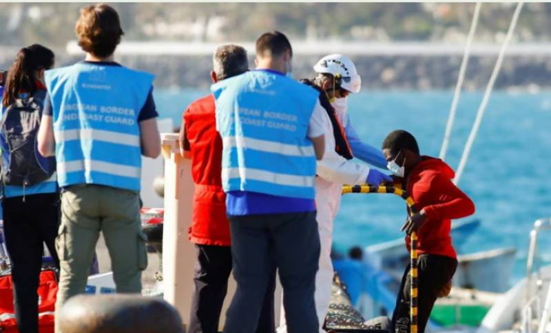 17 migrants found dead off Spain's Canary Islands