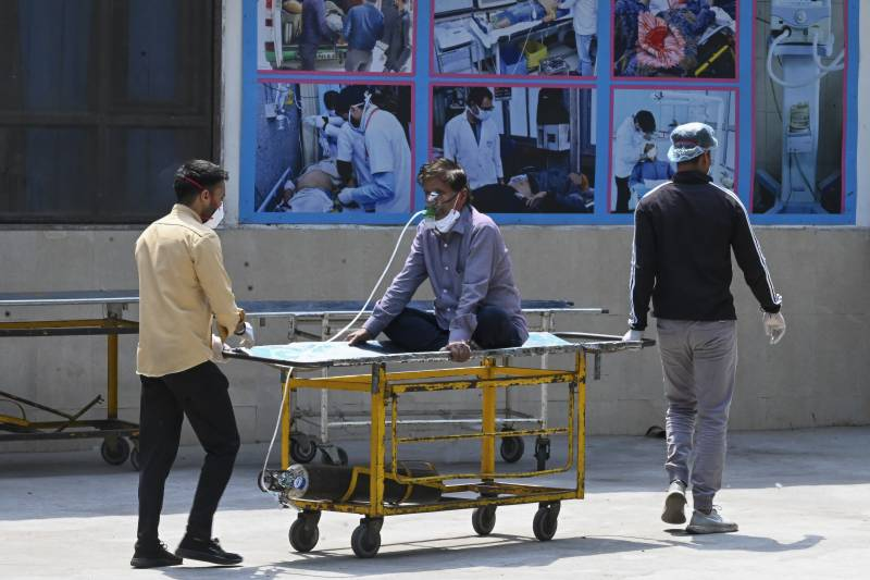 India Covid cases explode as US aid arrives
