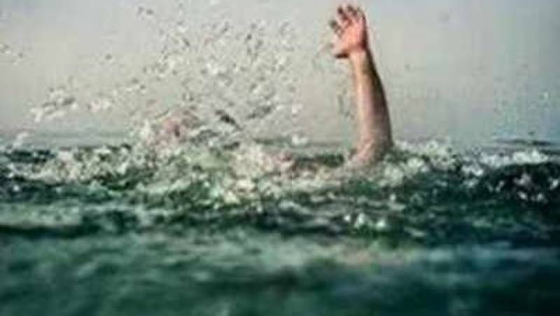 Four brothers drown in canal