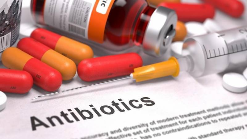Higher antibiotic doses may make bacteria 'fitter': study