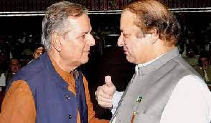 Nawaz shows solidarity with Javed Hashmi