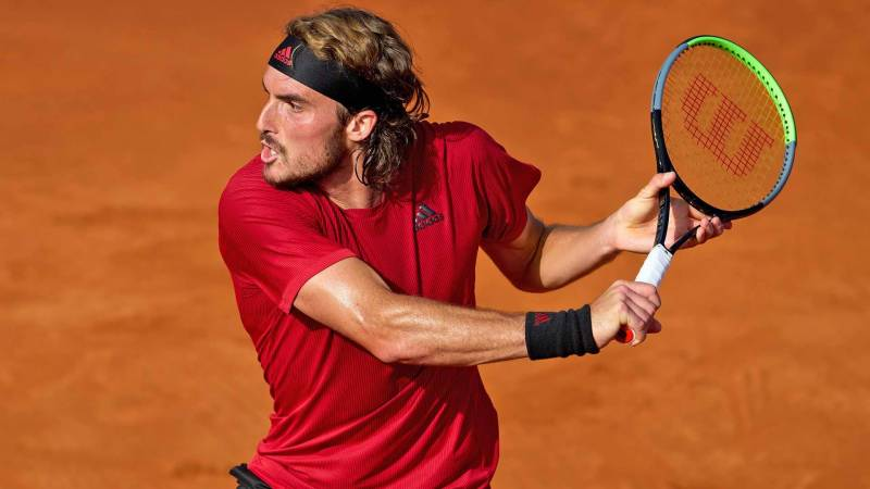 Tsitsipas eases into 'serious business' Lyon last four against Musetti