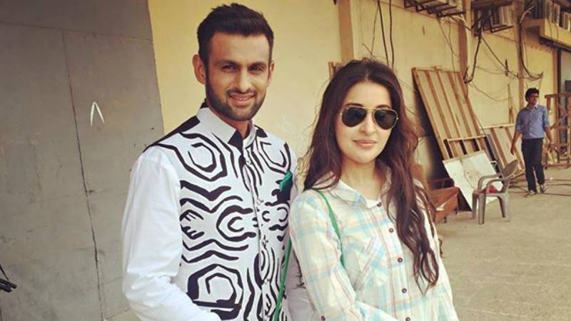 Shoaib Malik is eager to cut off Shaista Lodhi's tongue for grouching