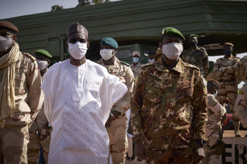 Malian army detains leaders, triggering condemnation, coup fears