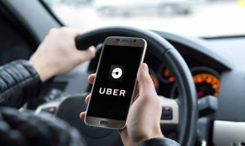Uber agrees world-first union deal for UK drivers