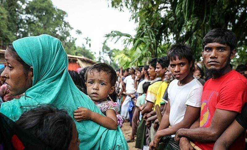 Thousands of Rohingya protest against conditions on Bangladesh island