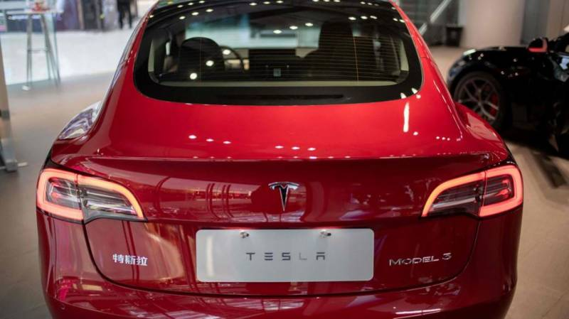 Tesla increases electric car prices