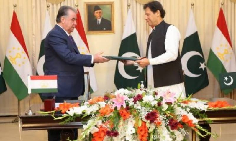 Talks with India only if Kashmir's special status restored: PM Imran