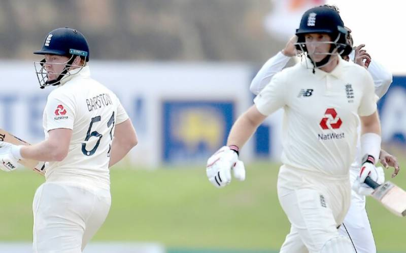 Henry strikes as England collapse against New Zealand in second Test