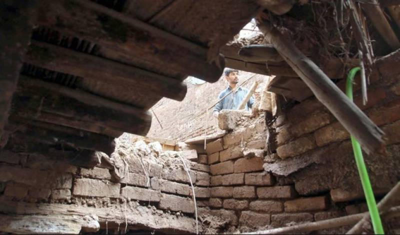 Three kids die in Islamabad roof collapse