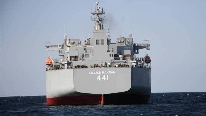 Iran's navy receives two new warships
