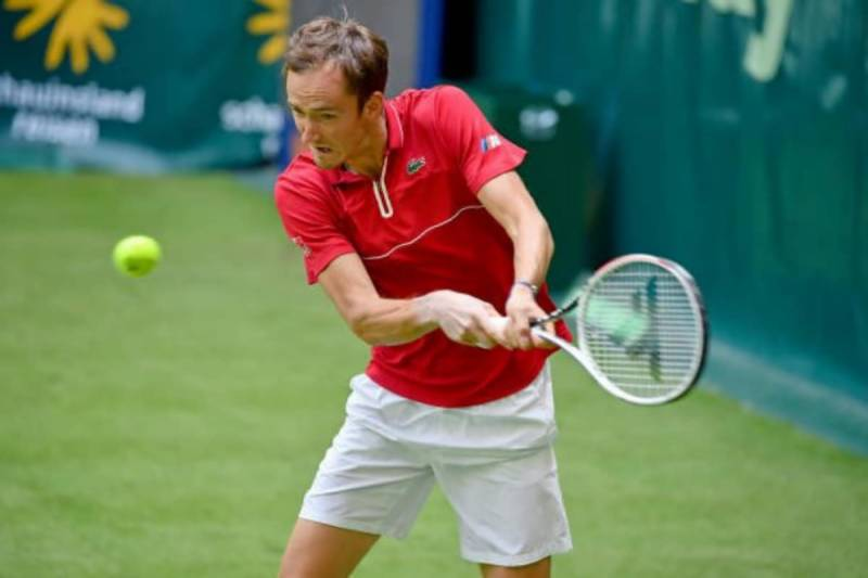 Top-seed Medvedev knocked out of Halle in first round