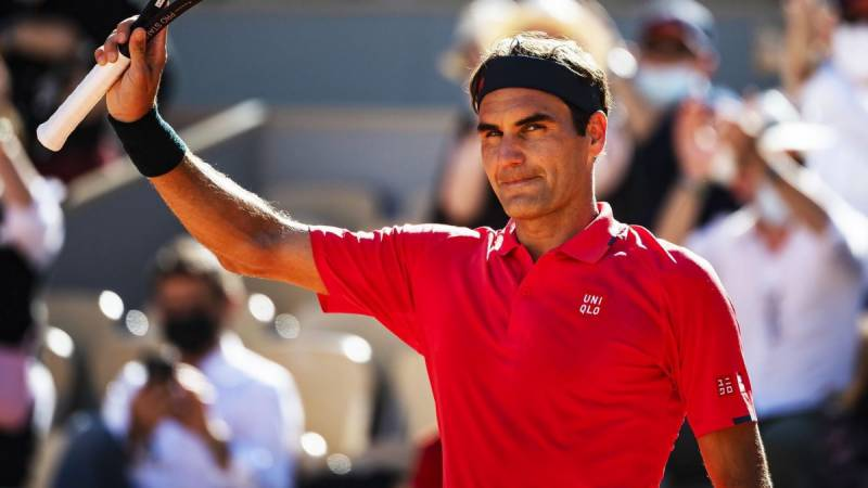 Roger Federer suffers shock second-round defeat in Halle