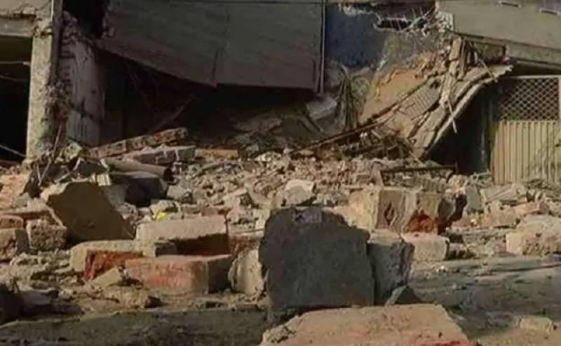 Child dies, another two injured in Dera Bhugti roof collapse