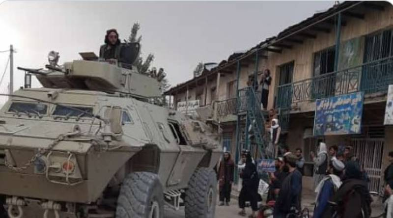Taliban fighters capture more districts in Afghanistan