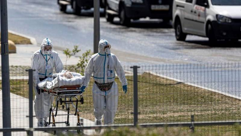 Moscow, Saint Petersburg post record daily virus deaths