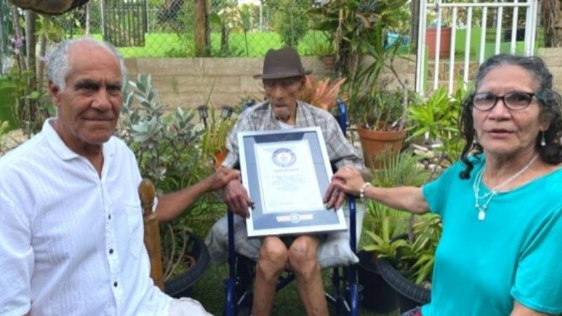 112-year-old Puerto Rican becomes world's oldest living man