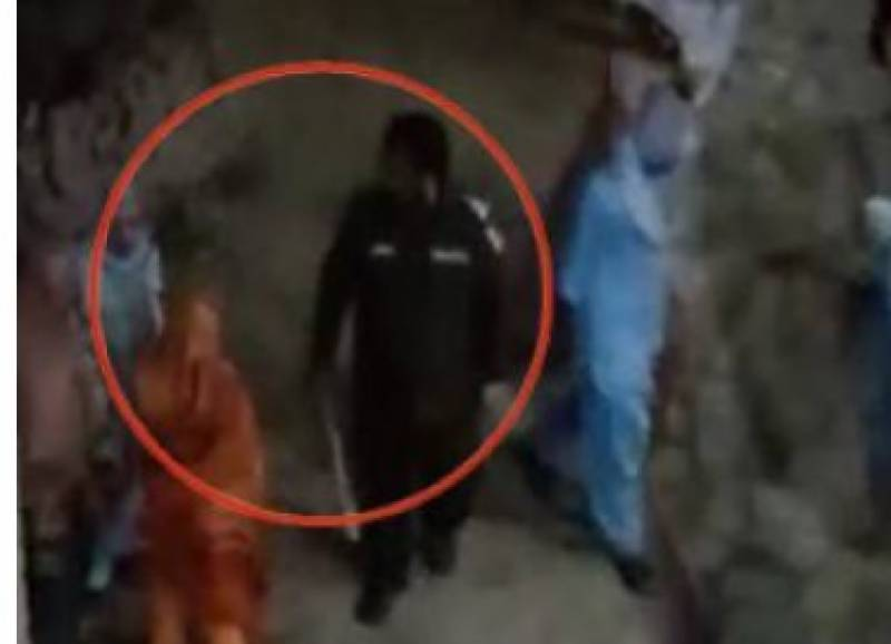 Cops in Lahore commit house trespass; thrash female inmates