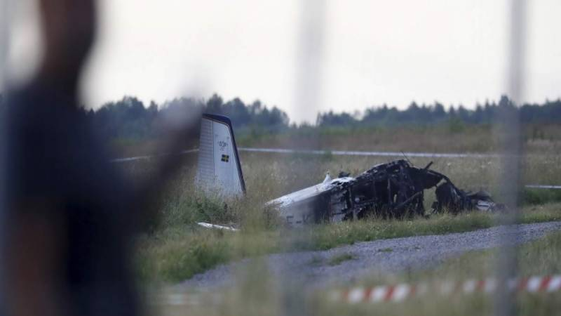 Death toll rises to nine in small plane crash in Sweden