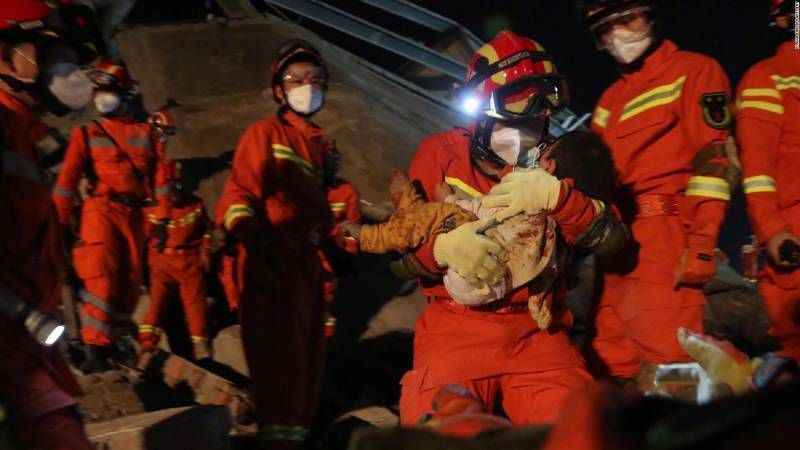 Hotel collapse in eastern China leaves one dead, 10 missing
