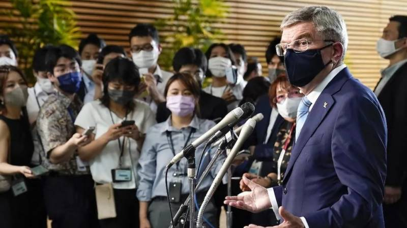 Olympics chief vows to minimise virus risk to Japan